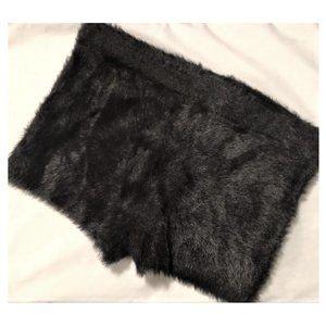 L VICTORIA'S SECRET faux fur COZY FUZZY HOT SHORTS